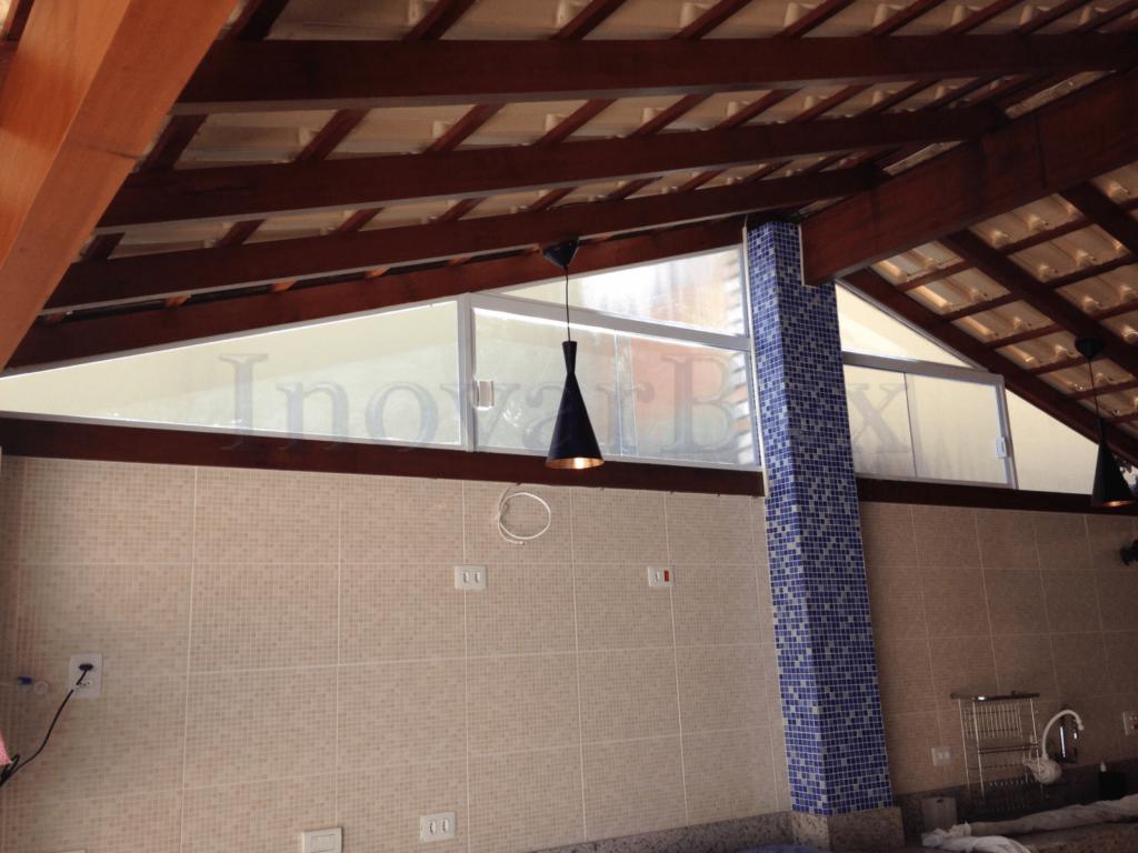janela-de-vidro-temperado(1)-min